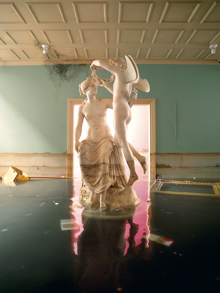 After the Deluge: Statue, 2007 © David LaChapelle